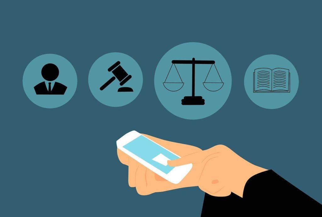סימנים משפטיים וטלפון